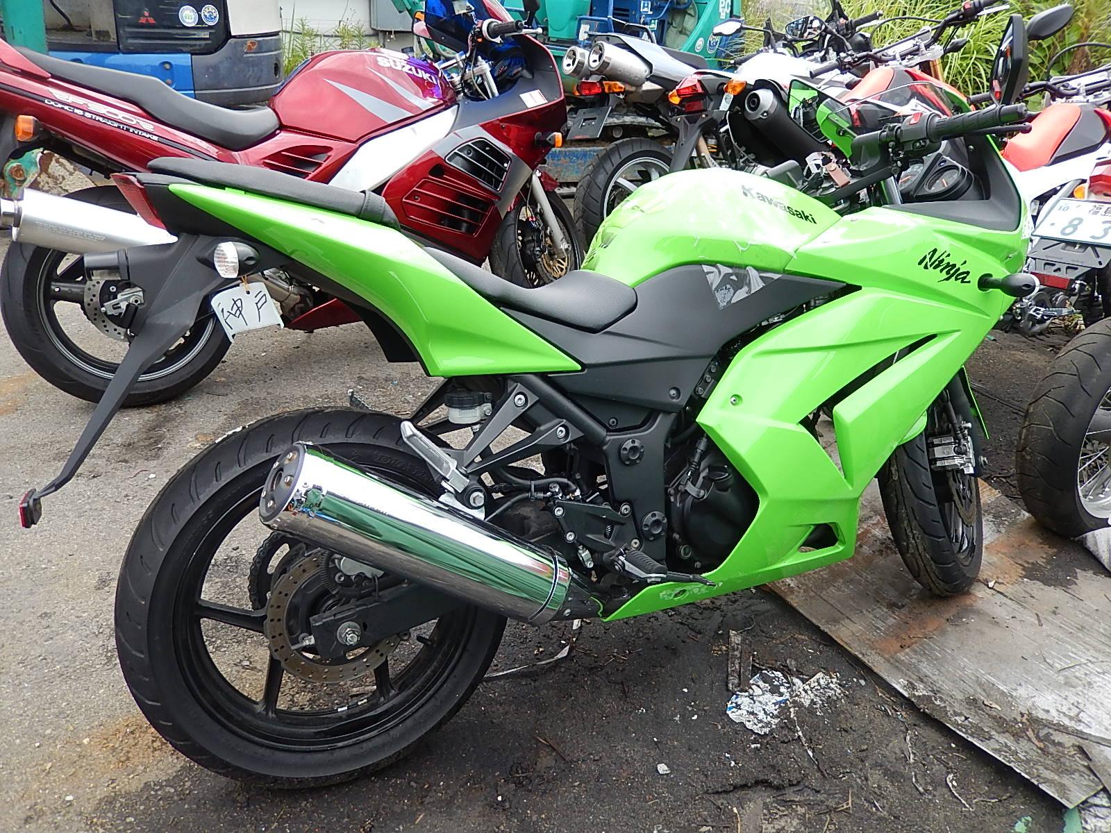 Технические характеристики Kawasaki ZZR 400 (кавасаки...