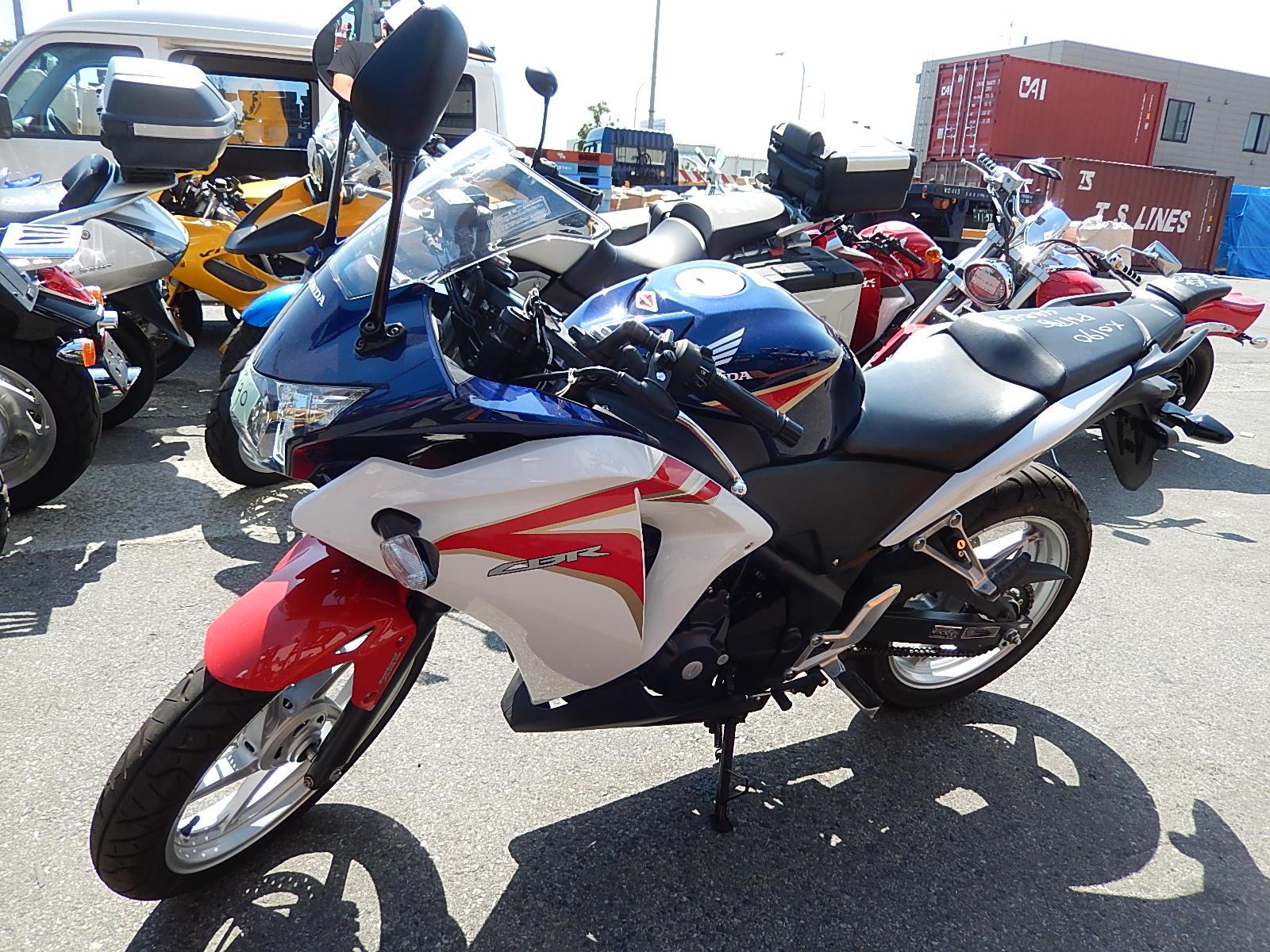 мотоциклы HONDA CBR250R ABS фото 2 увеличить