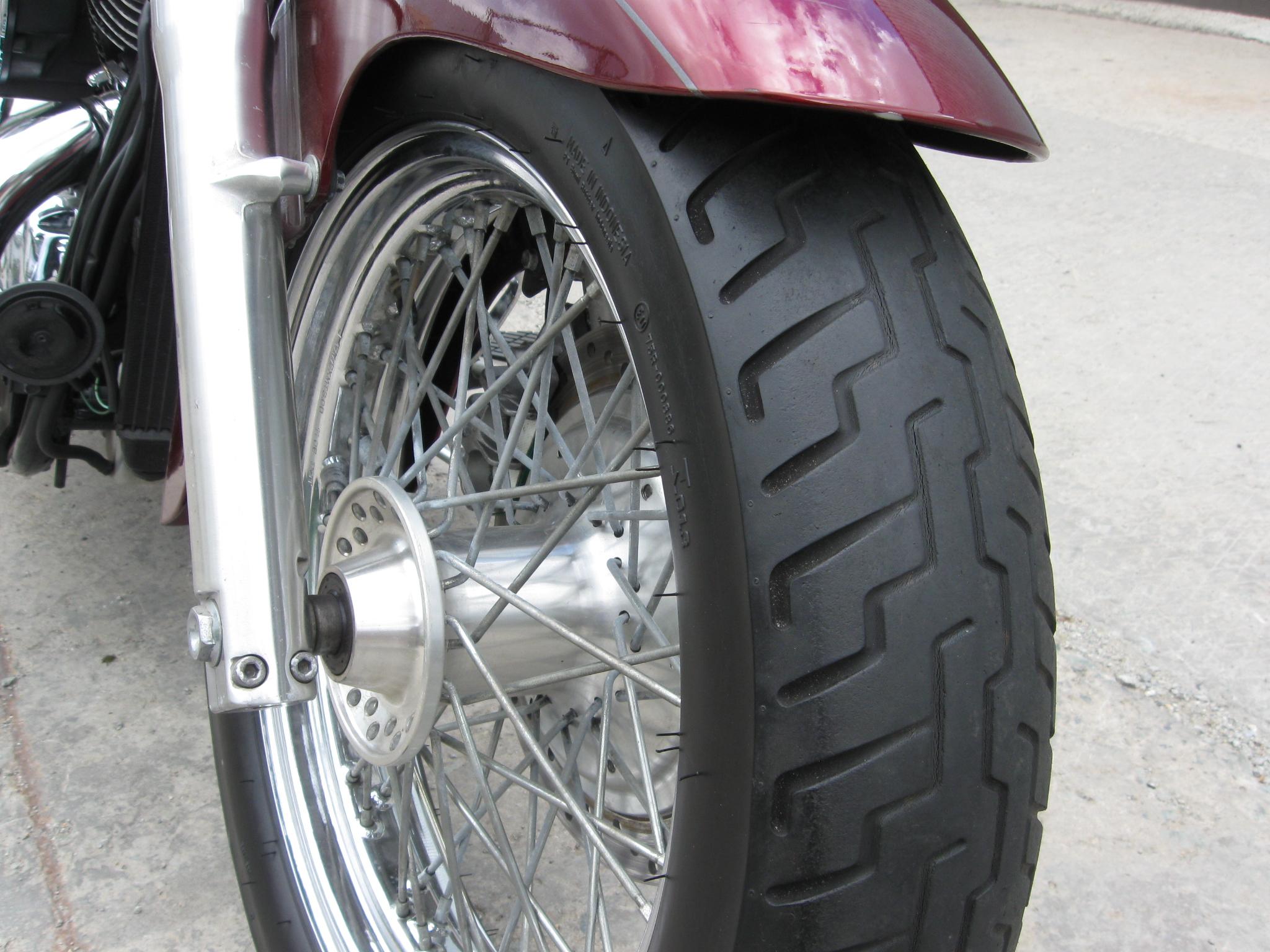 мотоциклы HONDA SHADOW 400 фото 8 увеличить